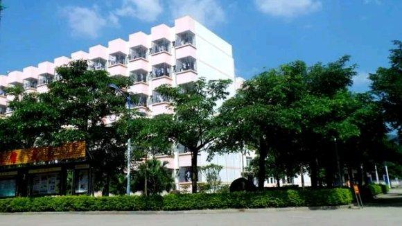 仙游现代中学