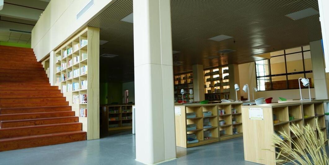 厦门工学院附属学校图书馆