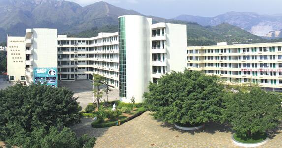 福清西山学校校园风光